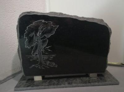 Памятник-mänd-55x38x10см