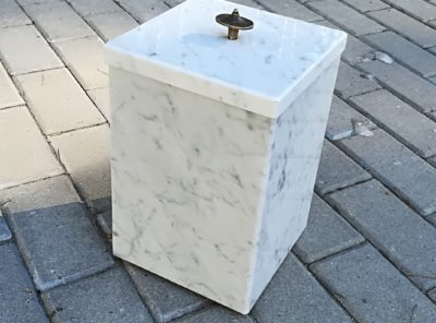 Kiviurn – marmor – 18x27cm