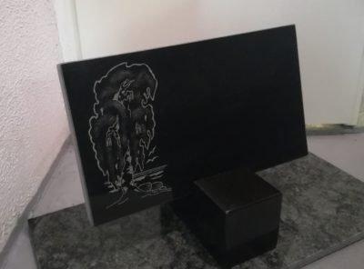 Hauaplaat-kask1-40x25x3cm