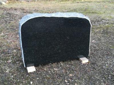 Hauakivi-pol-56x37x10cm
