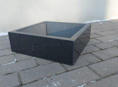 Graniidist istutusvaas